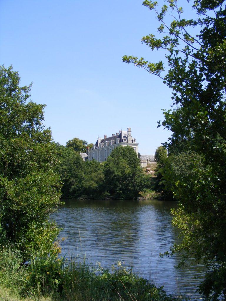 Chateau nad Mayenne